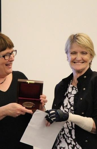International correspondent Kathy Gannon accepts the Grady College McGill Medal for Journalistic Courage from the University of Georgia on Nov. 3, 2015. (UGA Grady College/Sarah Freeman)