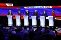 Democratic presidential debates at a debate in Des Moines, Iowa, Jan. 14, 2020. (AP Photo/Patrick Semansky)